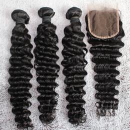Fermeture de paquets mixtes de cheveux péruviens en Ligne-8A Brésiliens Cheveux Bundles 1 pc Dentelle Fermeture Avec 3 pcs Mixte Cheveux Weave Couleur Naturelle Vague Profonde Malaisie Malaisienne Péruvienne Extensions de Cheveux Humains