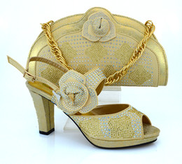 Wholesale Dress Pumps Rhinestone - Cherry Lady New Peach Color Italy Shoe and Bag Set PU Material Fabric African Italian Shoe with Matching Bag for Party Dress Gold
