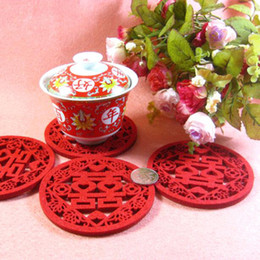 Wholesale Double Happiness Wedding Decorations - Chinese style wedding happy character cup mat decoration Non-woven double happiness coasters Cteative individuality placemat