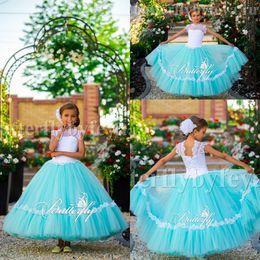 Flor verde vestido largo online-Pretty Mint Green Ball Gown Cap Sleeves Long Girls Vestidos del desfile 2017 Lace Jewel Sleeveless Vestidos de las muchachas de flor