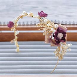 Wholesale Vintage Crown Hair Pieces - Vintage Wedding Flower Headpiece Bridal Hair Accessories Crystal Rhinestone Crown Tiara Princess Headdress Gold Queen Jewelry Pieces Band