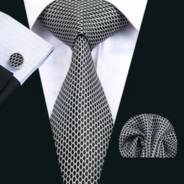 2019 grossistes cravates pour hommes bowties Classique Soie Hommes Cravates Ensemble De Cravate Noire Date Hommes Cravates Cravate Hankerchief Boutons De Manchette Jacquard Woven Meeting Business Wedding Party N-1438