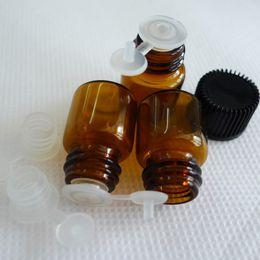 Новое прибытие 50 шт. 1 мл Бесплатная доставка высокое качество (16*21) Янтарное стекло эфирное масло бутылка, тянуть пробка отверстие редуктор крышка от