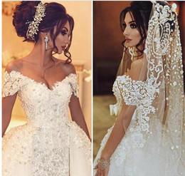 Wholesale Portrait Flower - Vintage Wedding Dresses 2017 Lace Overskirts Wedding Gowns 2016 3D-Applique Beaded Tulle Portrait Bridal Dress With Detachable Train Arabic