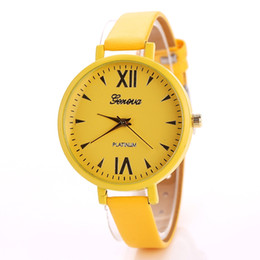 Wholesale Geneva Beige - Utop2012 New arrival Geneva Woman Casual Bracelet Watch Seven colors Small Dial Narrow Leather Strap Free Shipping Via DHL