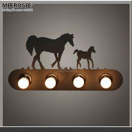 2019 светильники настенные для гостиной Современный металлический настенный светильник творческий лошадь настенные бра светильник для лестницы прихожая гостиная спальня быстрая доставка MD81721 скидка светильники настенные для гостиной