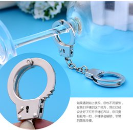 Wholesale Stainless Steel Round Carabiner - Toy handcuffs keychain mini love handcuffs key chain waist buckle hanging metal gifts hot gifts