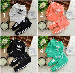 Wholesale Winter Suit Baby - Boys girls clover leaf letters Sports suits NEW children 5 Color Long sleeve T-shirt+trousers 2pcs set suit baby clothes B