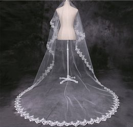 Wholesale Rhinestone Chapel Length Veils - veu de noiva longo 2016 White Red Cheap Cathedral Wedding Veil Wedding Accessories Lace Bridal Veil Lace Veil 3 Meters