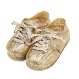 a7840b3bdb74 Mini Melissa Sports Shoes 2017 Nuevo Invierno Flat Slip-on Kids Sandals  Sneakers Zapatos transpirables Love System Girl Jelly Keep Warmer