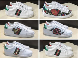 Wholesale Embroidered Shoes Flat - 2017 New men Womens Fashion White Leather Luxury tiger Cock Love Flower Embroidered Flat Casual Shoes Lady Red Green Shoes Size 35-45