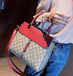 Wholesale halloween mass - wholesale brand package classic style mass killer package fashion hit color printing printing elegant woman handbag leather shoulder bag