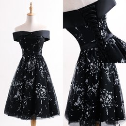 Wholesale Cute Little Girl Dressed Sexy - Boat Neck Black Short Prom Dresses Cute White Flowers A-Line Girls Graduation Dresses Cheap Party Dress for Women