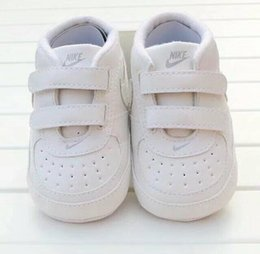 Wholesale Infant Fabrics - Fashion PU Leather Baby Moccasins Newborn Baby Shoes For Kids Sneakers Infant Indoor Crib Shoes Toddler Boys Girls First Walkers