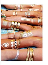 2019 padrões de tatuagem de pé Venda quente -1200cards / set ouro / prata adesivos de tatuagens portáteis de varejo / textura metálica temporária / metal / segurança e proteção ambiental