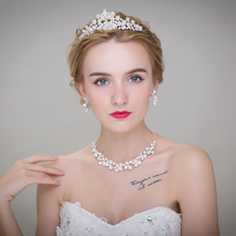 Wholesale Cheap Wedding Headwear - Luxurious Cheap 3 Pcs Rhinestone Tiara Headwear Crown Necklace Earring Sets for Wedding Bridal Party Dresses Bridal Jewelry