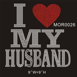 """2019 schemi di trasferimento di ferro liberi I heart MY Husband MOR0026 # 9x9 """"CRISTALLO Hot fix trasferimento di strass ferro fai da te su t-shirt 15 pezzi / borsa"""