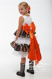 Wholesale Kid Girls Camouflage Shorts - Lovely Camo Short Flower Girls Dresses 2017 A Line Vintage Lace Tiered Skirt Cheap Knee Length Orange Bow Camouflage Kids Wedding Dresses