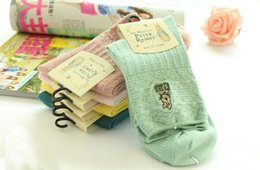Wholesale peters rabbit - Specials Peter Rabbit Cotton Socks Needle Embroidery Female Cotton Material Candy Colros Girls Cotton Socks Vintage Style Socks For Women