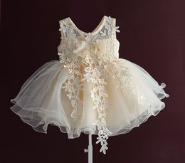 Wholesale Handmade Embroider Flower Dress - 2017 New Lovely Baby Girls New Tulle Ruffled Handmade Embroidered Lace Gauze flowers Flower Dresses Girl's Pageant Dresses Champagne A7582
