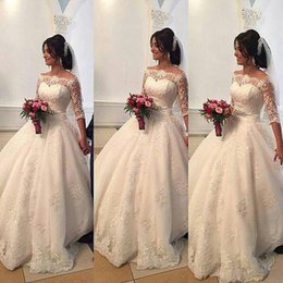 Wholesale Wedding Gowns For Muslims - 2016 Beaded Lace Arabic Wedding Dresses Bateau Half Sleeves Ball Gown Bridal Dresses Princess Wedding Gowns Formal Dresses For Wedding