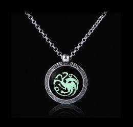 Wholesale Girls Dragon Jewelry - New Creative Luminous Dragon Necklace Zinc Alloy Retro Luminous Jewelry Delicate Dragon Pendant Necklace For Girls Prebeauty Distinctive
