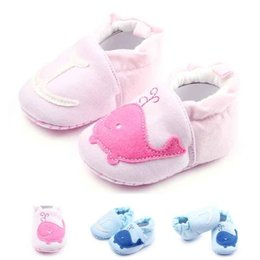 Wholesale Fabric Baby Shoes Pattern - New Baby First Walkers for Girls Dolphin Pattern Cotton Fabric Upper Anti-slip Soft Sole Infant Walking Shoes