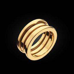 Wholesale Vente chaude classique marque anneaux de printemps en acier inoxydable bague d amour pour les hommes hommes Couples bague de mariage amende bijoux en gros