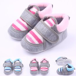 Wholesale Collar Shoes - Hot Wholesale Warm Winter Fringe Cotton Plush Collar Hook & Loop Strap Baby shoes First walker Toddler Baby Unisex Shoe Two Colors