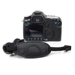 Wholesale Eos 7d Grip - freeshipping 100% GUARANTEE New Camera Hand Strap Grip for Canon EOS 5D Mark II 650D 550D 450D 600D 1100D 6D 7D High Quality