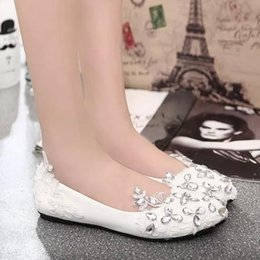 Wholesale Cheapest Slip Shoes - Good Quality Flat Heel White Lace and Flowers Wedding Shoes Almond Shaped Toe Bridesmaid Bride shoes Cheapest Shoes Factory Direct Sell