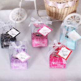 Wholesale Wedding Ring Souvenirs - Diamond Ring Key Buckle Creative Small Gift Couple Delicate Crystal Rings Keychain Wedding Souvenirs Multi Color Select 2mj F R