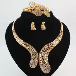 Серебряные ювелирные изделия dubai онлайн-Дубай 18K золото \ посеребренные Кристалл женщины свадьба заявление ожерелье браслет серьги кольца высокое качество ювелирные наборы