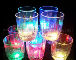 Wholesale Led Lights For Plastic Cups - Colorful LED Light Flashing Cup Beer bar Mug Drink Cup LED Champagne Plastic Beverage Wine Cups for Party Wedding Decoration MYY