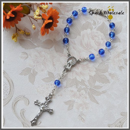 Wholesale Rosary Blue - 50pcs lot Catholic Mini Rosary 6mm Blue Glass Bead Rosary Bracelet Children's Communion Gifts Fatima Rosary Baby's Baptism Favor