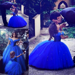 Wholesale cinderella wedding dress gown - Cinderella Flower Girl Dresses Children Off the shoulder Beads Royal Blue Ball Gown Girls Pageant Dress Tulle Cheap First Communion Dress