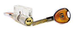 Wholesale Make Practice - Free Shipping!New Arrival Cutaway Visable Practice Blade Lock with 2 Keys Made by Enginner for lockpicking practice tools SYG-145
