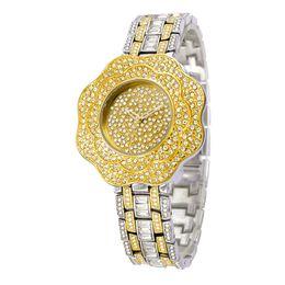 Wholesale Diamond Silver Watch Women - luxury women watches lady Leisure Women brand watches fashion diamond Cinquefoil dial Jewelry buckles alloy Waterproof watch For Belbi