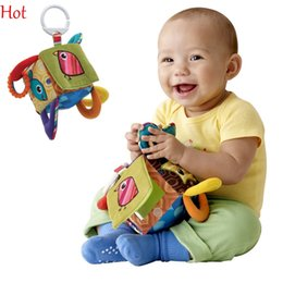 Wholesale Bell Clutch - New Lovely Kid Toys Multifunctional Clutch Cube Hang Bell Baby Rattles Toy Plush Soft Stuffed Crib Bed Hanging Toys SV010771