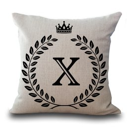 tipi cuscini cuscini Sconti L'alfabeto inglese lettera un lato stampato Catton Linenr Love Pillow Cases Home Office con foglie corona