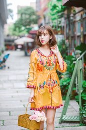 Wholesale empire waist casual dress - Summer 2018 Vintage Ethnic Embroidery Dress Women O Neck Long Sleeve Drawstring Waist Casual Long seaside beach holiday bohemian Dress robe