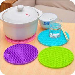 Wholesale Eco T - Round Silicone Non-Slip Heat Resistant Pot Table Mats Holder Coaster Cushion Placemat Pot Table Mat Silicone Placemat