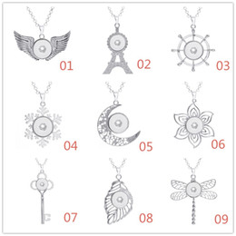 Wholesale Metal Charms Wing - NOOSA Metal Moon Angel's Wings Pendant Charm Necklace Ginger Snap Button Necklaces For Women Snaps Jewelry 316L Stainless steel Chain