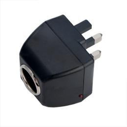 Briquet ca en Ligne-UK Plug 220V AC Mur Alimentation à 12V DC Adaptateur Allume-cigare Universel