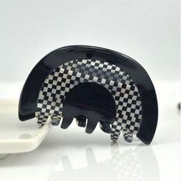 Wholesale Korean Acrylic Hair - Korean Medium Hair Accessory Vintage Black White Arced Striped Claw White Acrylic Hair Clip Claw For Women