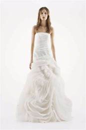 Wholesale Sweetheart Strapless Fit Flare - Strapless Organza Fit-and-flare Wedding Gown With Draped Bodice And Hand-cut Bias Flange Ruffled Organza Bridal Gown