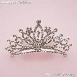 Wholesale Crystals Tiara Birthday - Crystal Rhinestone Bridal Tiara Wedding Crown Prom Party Evening Birthday Hair Crown with Comb High Quality