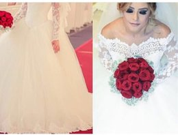 Wholesale Wholesale Wedding Gown Appliques - 2pieces dresses Ball Gown Wedding Dresses Beaded Sweetheart Long Sleeve Middle East Style Lace Up with Court Train Satin Bridal Gowns