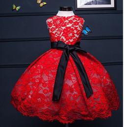 Moelleux doux robe de mariée en dentelle rouge pour les filles, première tenue de fête d'anniversaire robe de bal de bébé, robe de baptême de baptême à la main ? partir de fabricateur