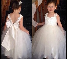 Wholesale Cheap Dresses For Junior Girls - Cheap 2016 Flower Girls Dresses For Weddings V Neck Tulle Floor Length Backless Ball Gown Junior Bridesmaid Dresses For Girls Real Image